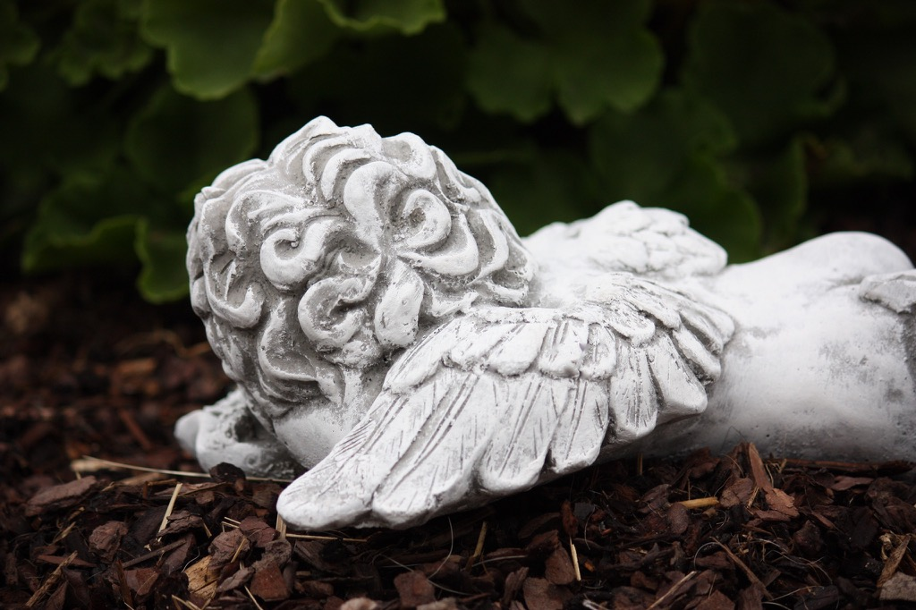 steinfigur engel frostfest garten deko steinguss grabschmuck wetterfest. Black Bedroom Furniture Sets. Home Design Ideas