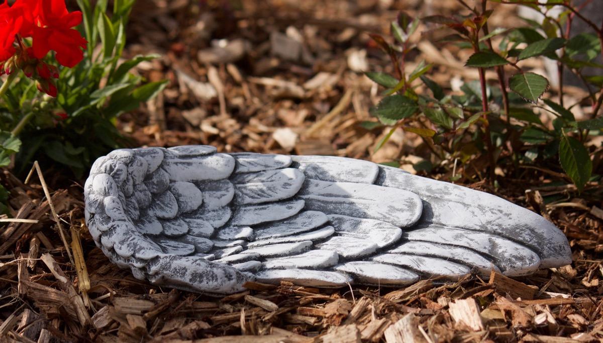 28 cm large Tombe Jardin 1,8 kg Décoration ange ailes au gel Steinguss env